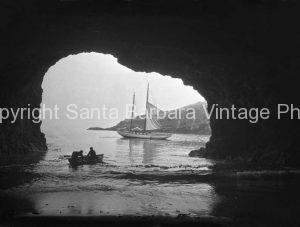 Santa Cruz Island. Painted Cave - CH07
