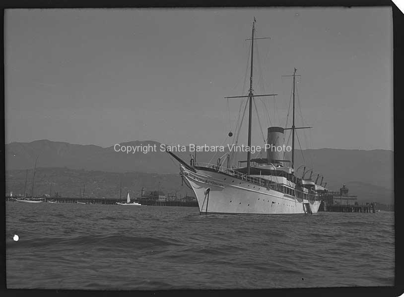 Lady Yule's Yacht, Nahlin CA. - BS13