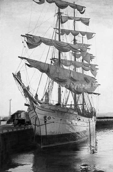 Brig sailing Ship, San Pedro, CA. - BS27