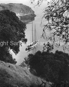 Santa Cruz Island, Other side of Peligan - CH02