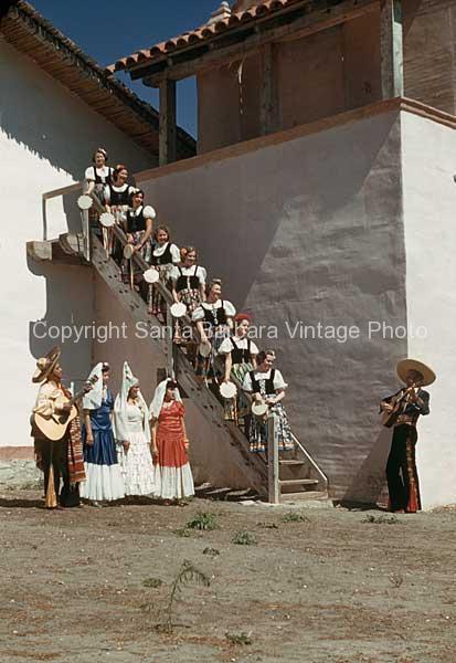 La Mujers Ascendente, Santa Barbara, CA. - FS19