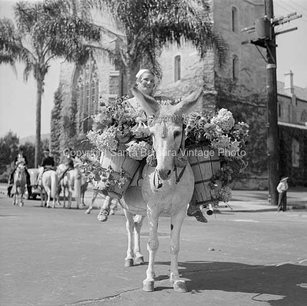Senora De La Flor, Santa Barbara, - FS25