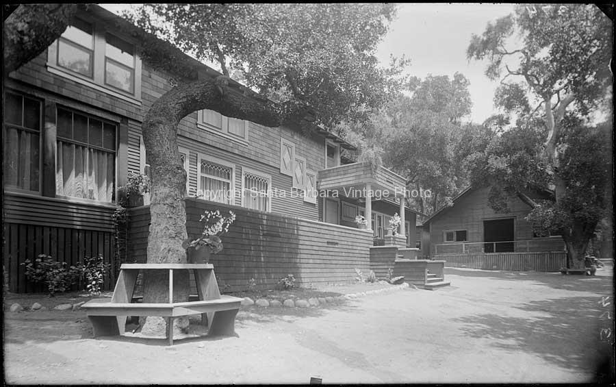 Stanley Park Lodge , Carpinteria ( J H Shepard ) - SB69